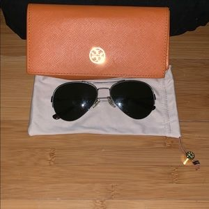 Tory Burch Aviator black sunglasses